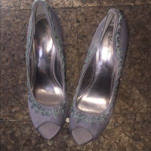 Lulu Townsend Gray Open Toe Heel